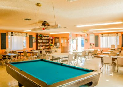 Garden-Oasis-RV-Park-Billiards-Table
