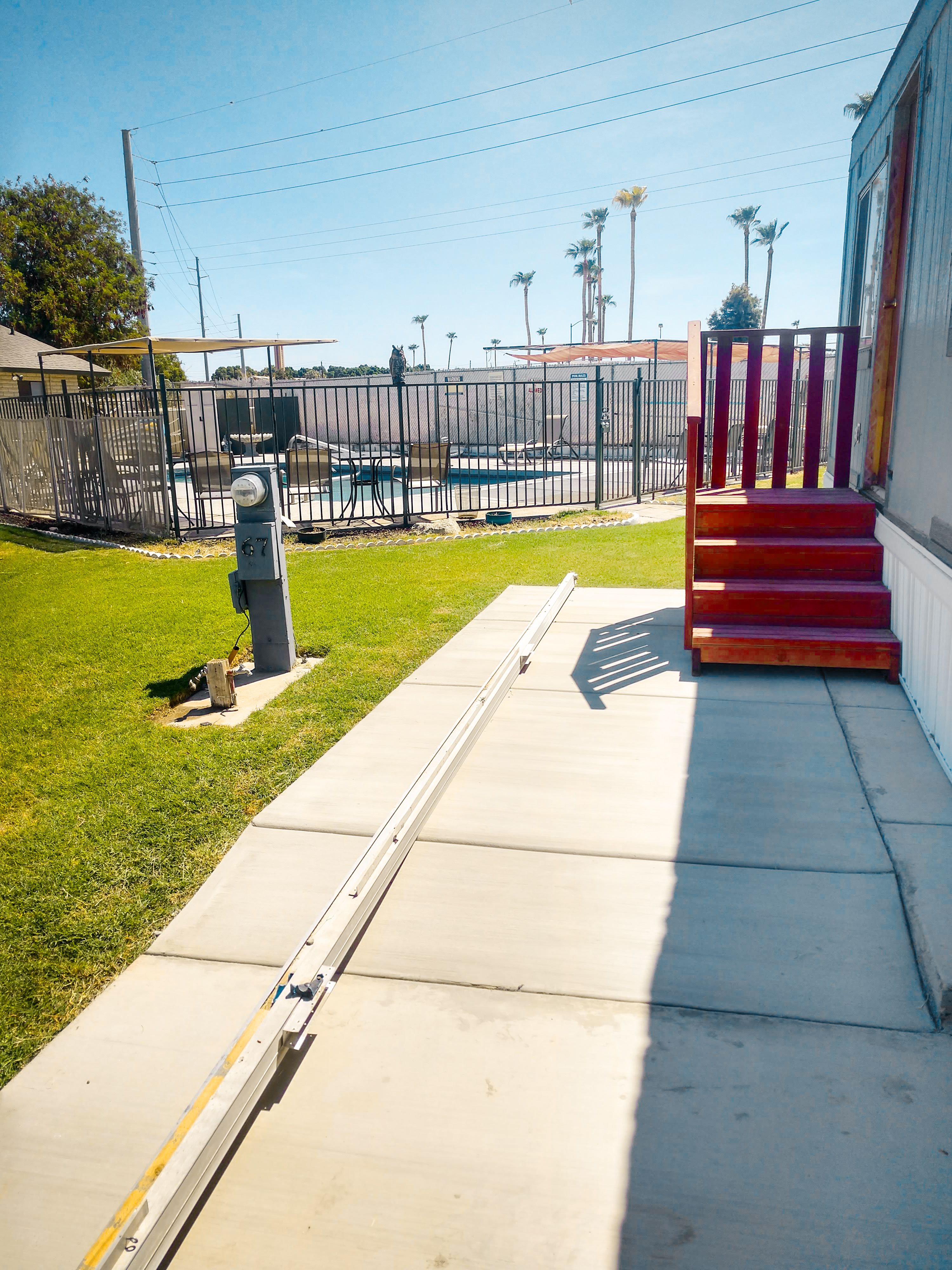 Ambient surroundings for seniors at a top RV park in Yuma