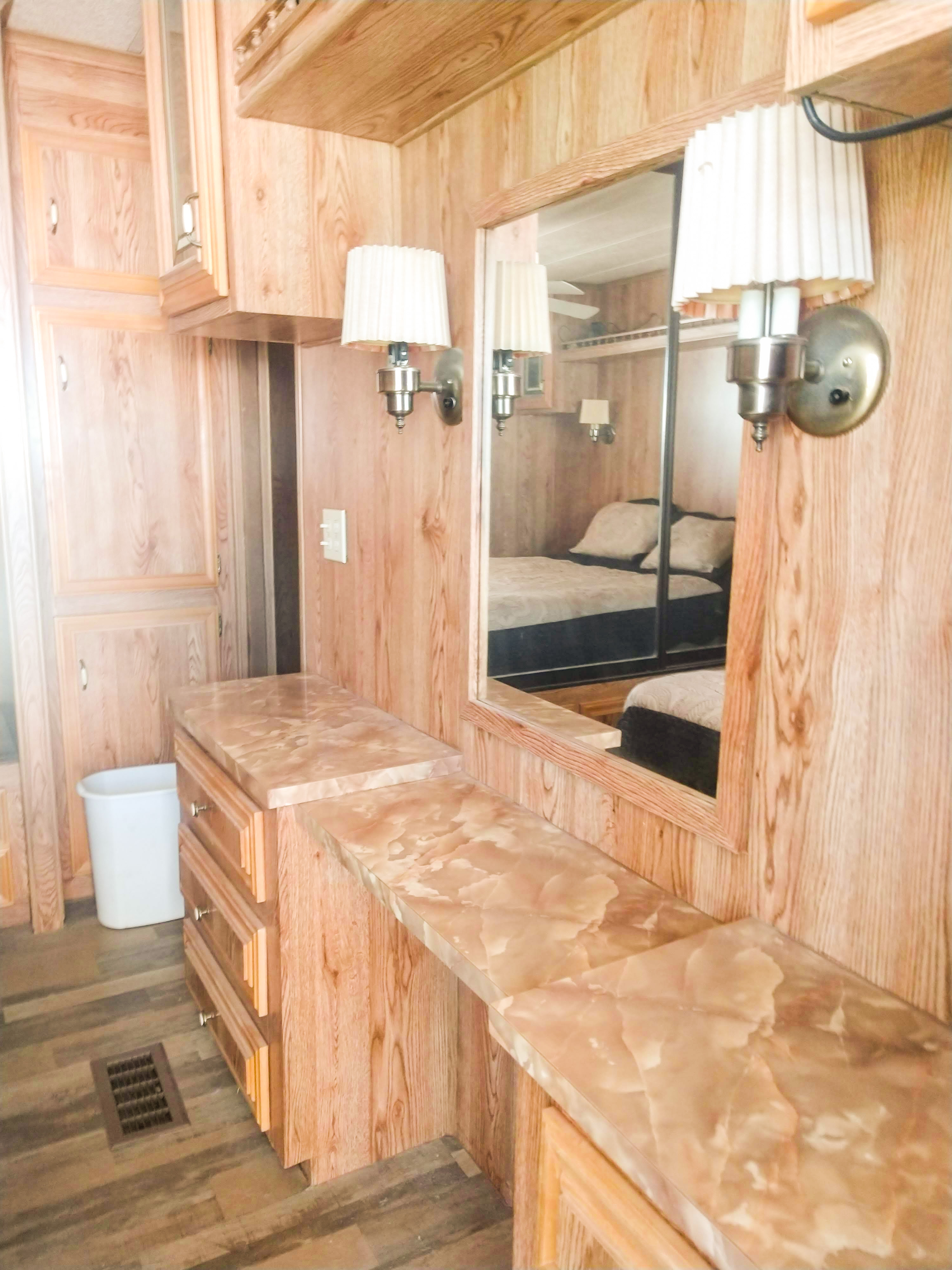 Fully furnished facilities for convenience at the top RV park in Yuma