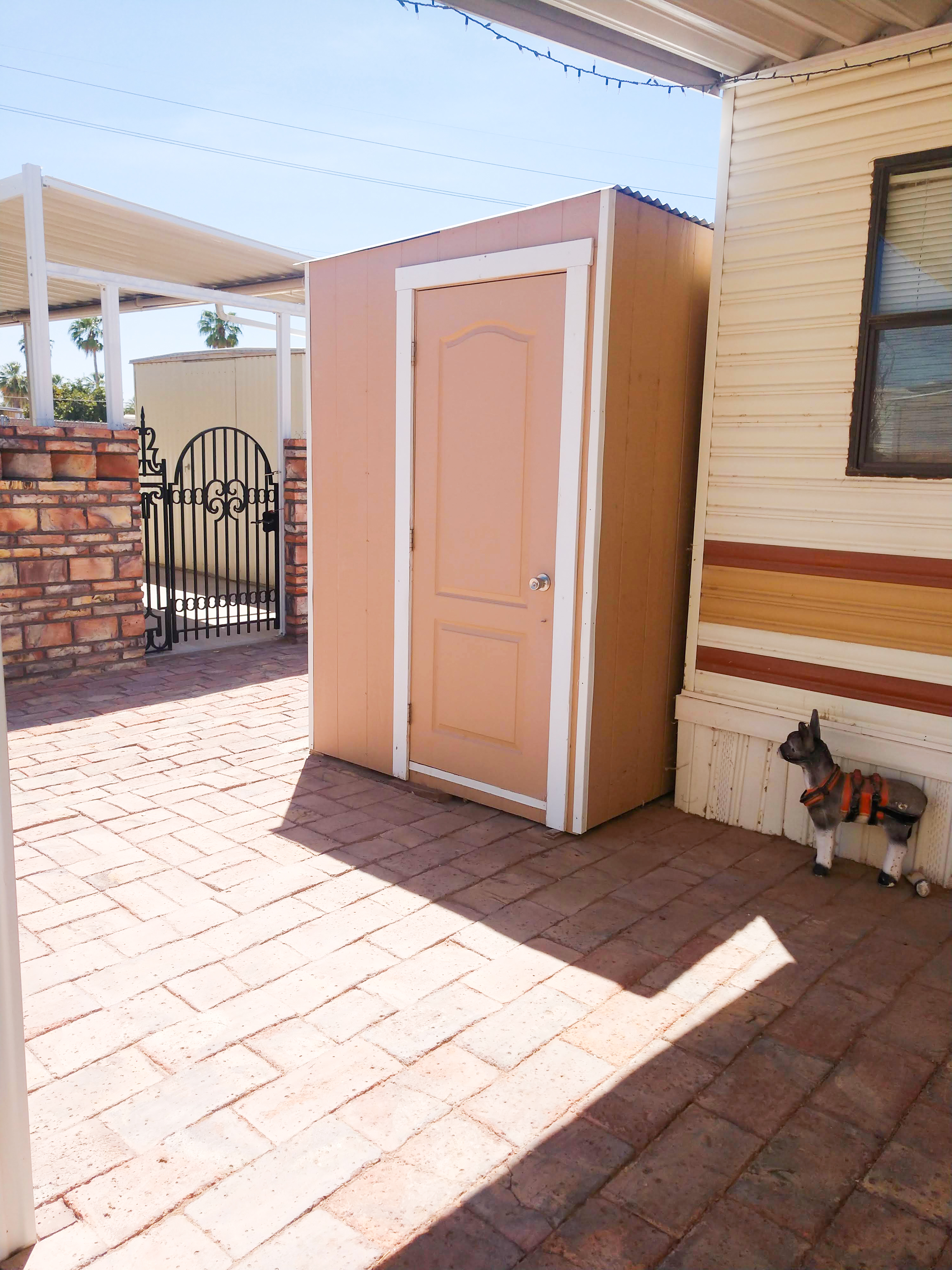 Spacious RV park in Yuma with all amenities